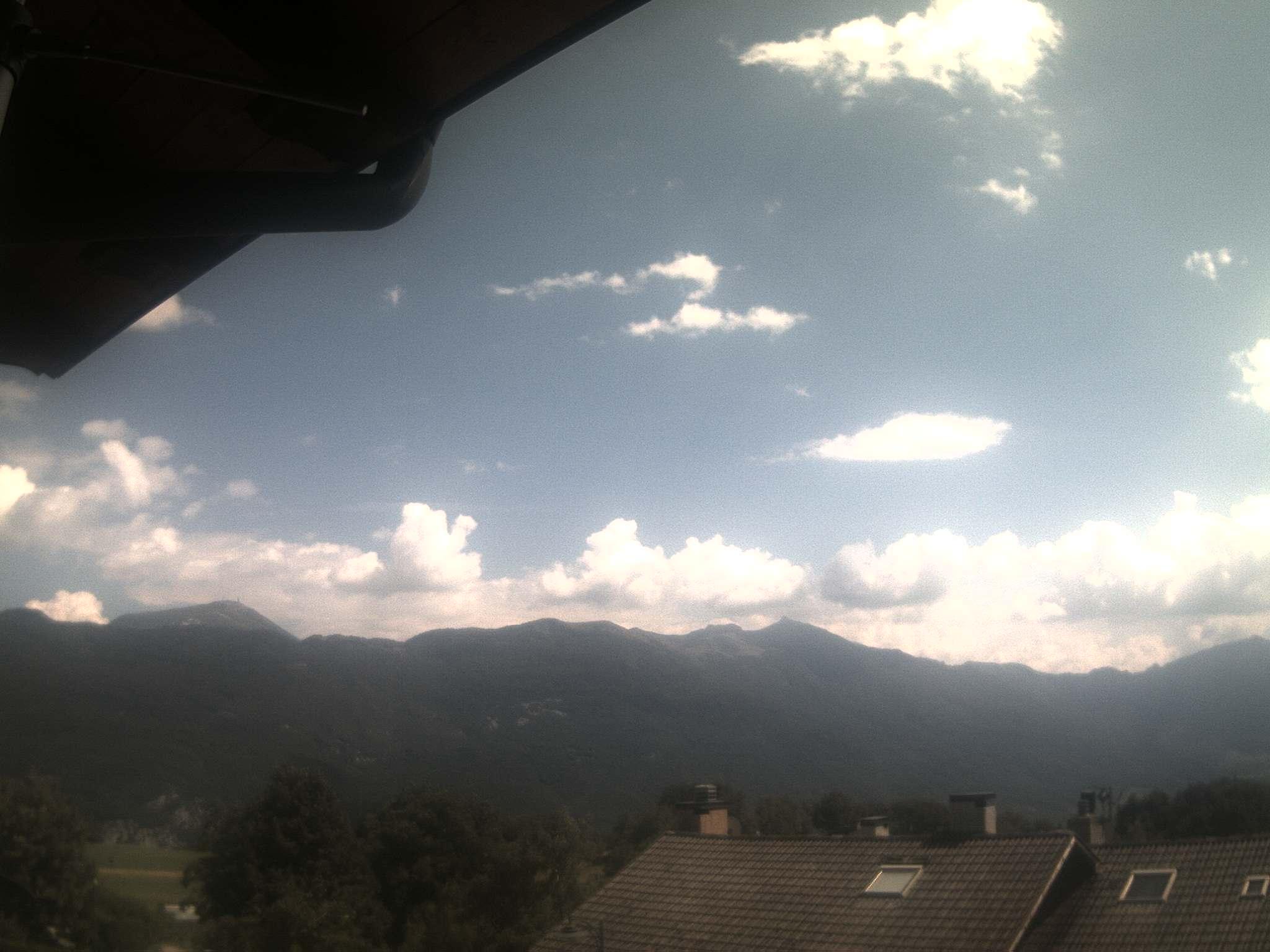 http://meteoweb.valledeilaghi.it/meteomargone/margone4.jpg